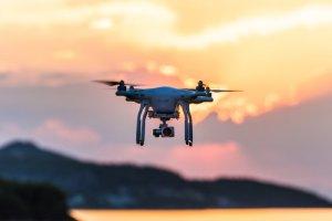 es necesaria la licencia de drones